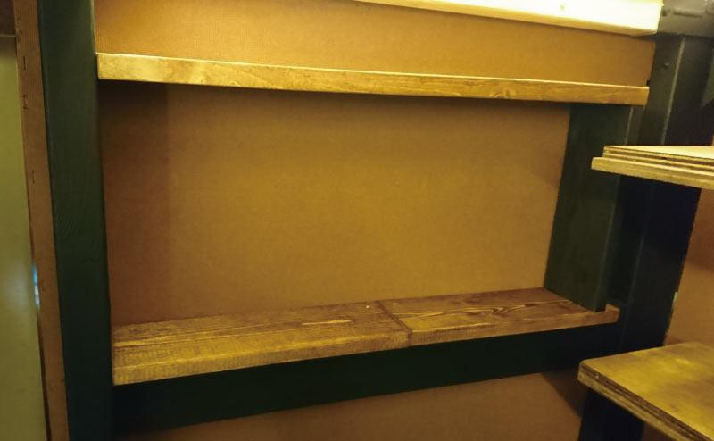1×4の端材で棚板を自作